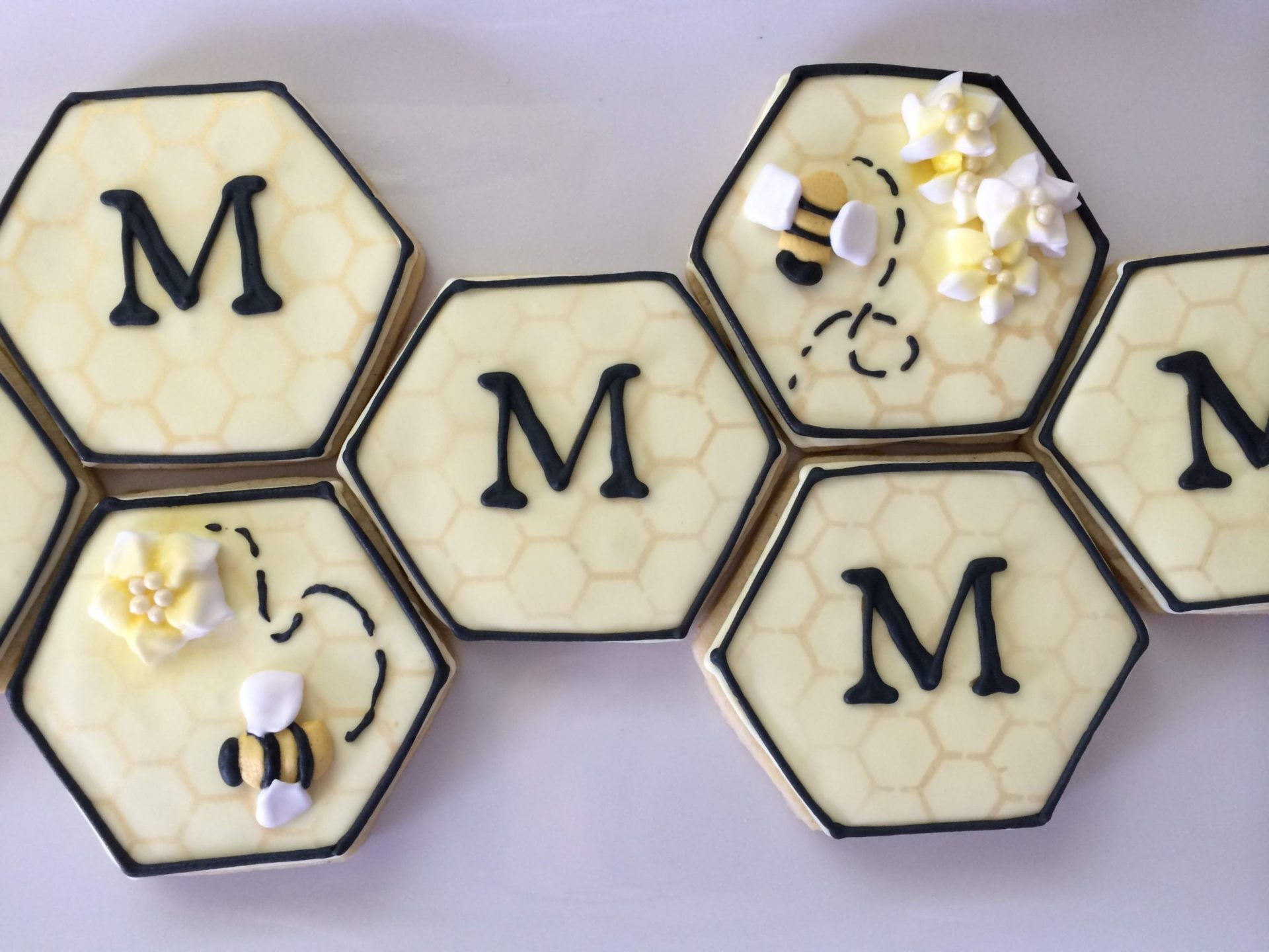 honeycomb bee monogram royal icing sugar cookie