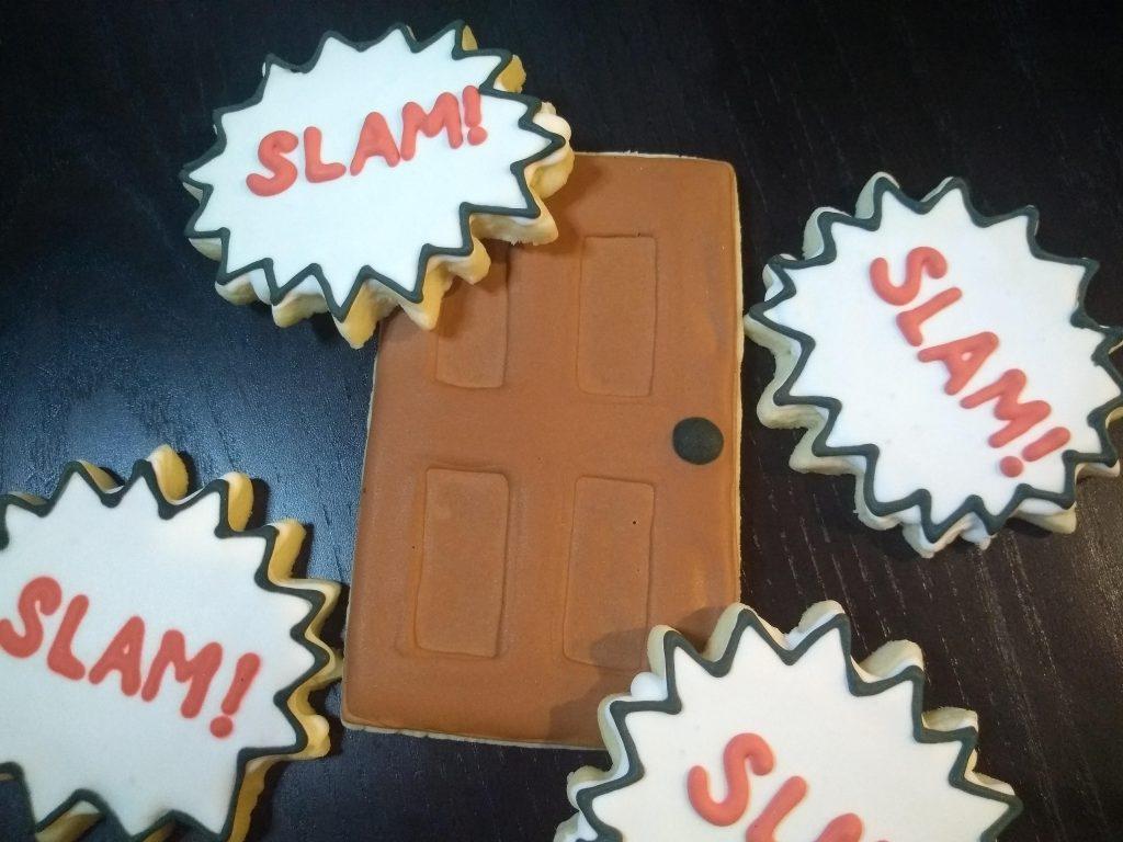 royal icing sugar cookies door slam